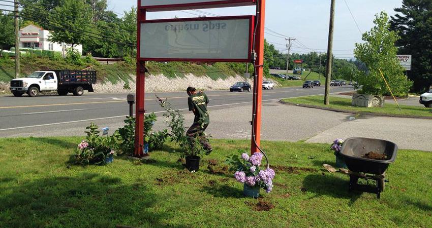 Lawn Care Service Bethel Ridgefield Wilton